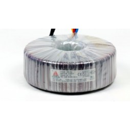 Een fase veiligheidstransformator 230V / 24V 100 VA in rubber kast